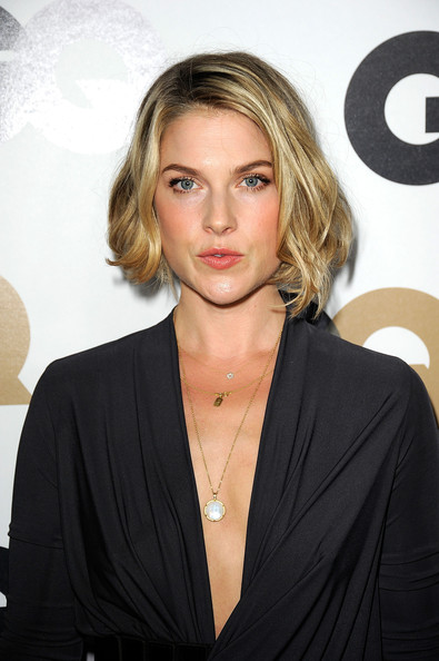More Pics of Ali Larter B.o.B (1 of 11) - Short Hairstyles Lookbook - StyleBistro