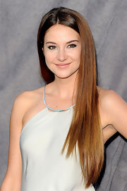 Shailene Woodley wore her ultra-long hair super straight at the 17th Annual Critics' Choice Movie Awards.