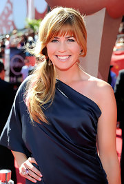 Wearing a one-shoulder dress and a side-swept loose ponytail, Paula Creamer was a stunner at the ESPY Awards.