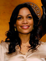 Rosario Dawson rocked soft center part curls at the 17th Annual Screen Actors Guild Award nominations.