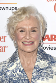 Glenn Close rocked tousled short waves at the 2019 Movies for Grownups Awards.