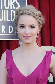 Dianna Agron wore her hair in a pretty updo with fishbone braid accent at the 18th Annual SAG Awards.