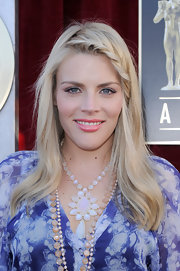 Busy Philipps wore her long blond tresses with braided bangs at the 18th Annual SAG Awards.