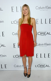 Lucy proved that even the simplest of red dresses really stand out!