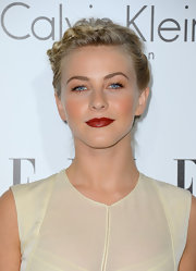 Julianne Hough brought some boldness to her orange-tinted beauty look with this dark, burned orange lip color.