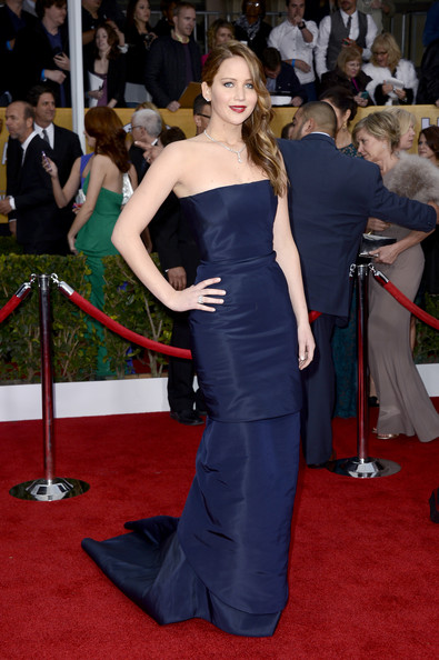 Jennifer Lawrence Wore Christian Dior Haute Couture at the 2013 SAG Awards