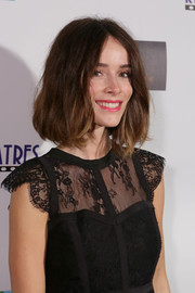 Abigail Spencer wore a mildly messy short 'do to the Laguna Film Festival.