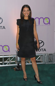 Vanessa Lengies turned heads in this little black dress paired with peep toe pumps.