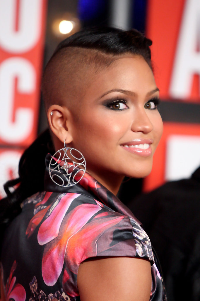 cassie hair style more pics of braided hairstyle 3 of 9 1916 | 2009 MTV Video Music Awards Arrivals LOLYxj4x9u x
