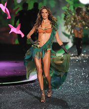 Alessandra's plaid bustier on the VS runway was actually quite sweet.