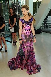 Sarah looked stunning in a printed Alexander McQueen gown and a textured half-up hairstyle.