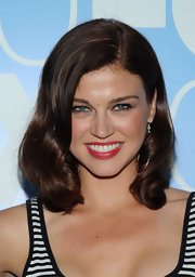 Adrianne Palicki showed off her medium waves while walking the red carpet at the Upfront After Party.