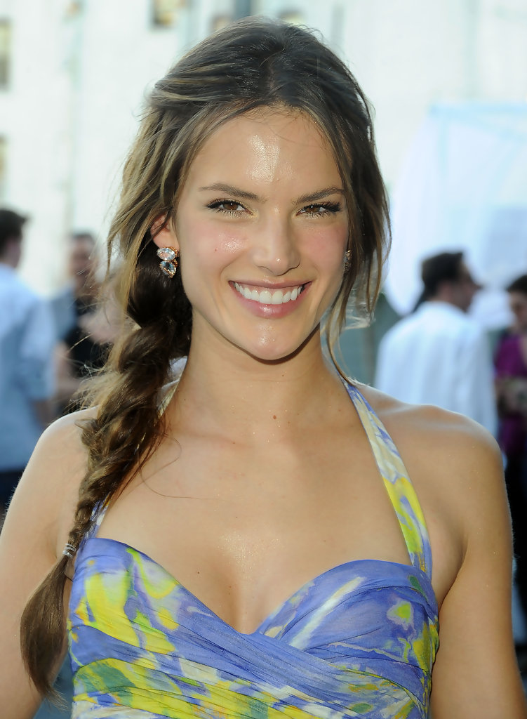 June 2010 Alessandra Ambrosio S Prettiest Hair Moments