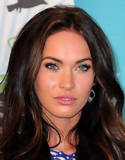 Megan Fox wore flirty feathery lashes topped with plenty of volumizing mascara at the 2010 Teen Choice Awards.