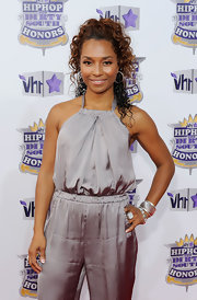 Chili hit the red carpet at the Hip Hop Honors Awards sporting a medium length curls.