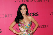 Singer Katy Perry arrives for the 2010 Victoria's Secret Fashion Show at the Lexington Avenue Armory on November 10, 2010 in New York City.