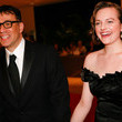 Fred Armisen and Elisabeth Moss