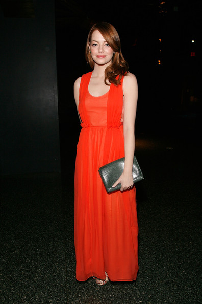 More Pics of Emma Stone Envelope Clutch  (1 of 7) - Emma Stone Lookbook - StyleBistro