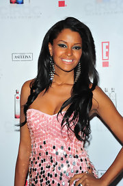 Claudia Jordan showed off her long raven locks.