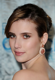Actress Emma Roberts walked the red carpet at the 2011 People's Choice Awards wearing 18-karat rose gold Planetary earrings in nude quartz and diamonds.