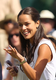 Ana Ivanovic wore a very pretty center-parted half-up half-down 'do at the 2011 Presidents Cup opening ceremony.