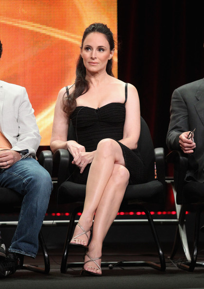 Madeleine Stowe attended the TCA Summer Tour in a chic dress with a pair of gold strappy heels.