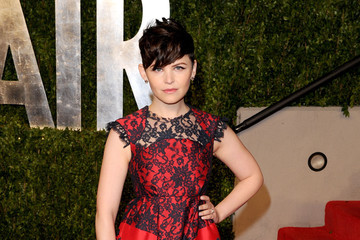Ginnifer Goodwin Is Ladylike in Erdem at the Vanity Fair Oscars Party