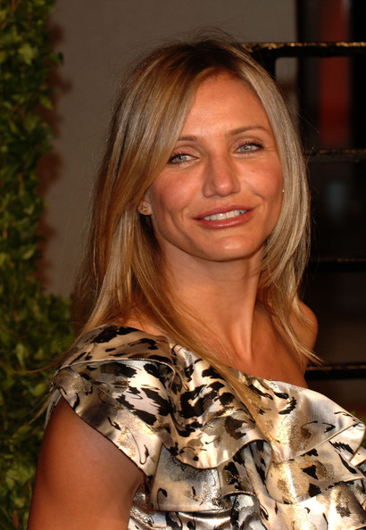 Cameron Diaz attended the 2011 'Vanity Fair' Oscar Party wearing 18-karat gold spike stud earrings.
