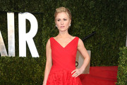 Anna Paquin Wears Monique Lhuillier to Vanity Fair Oscar Party