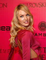 Candice Swanepoel attended the 2011 Victoria's Secret Fashion Show after party wearing sexy retro eyeliner.