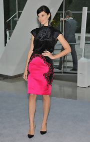 Jessica Pare's hot pink pencil skirt was a total hit at the CFDA Awards.