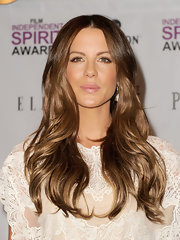 Kate Beckinsale plumped her pucker with a shimmery pink gloss at the 2011 Independent Spirit Awards nominations press conference.