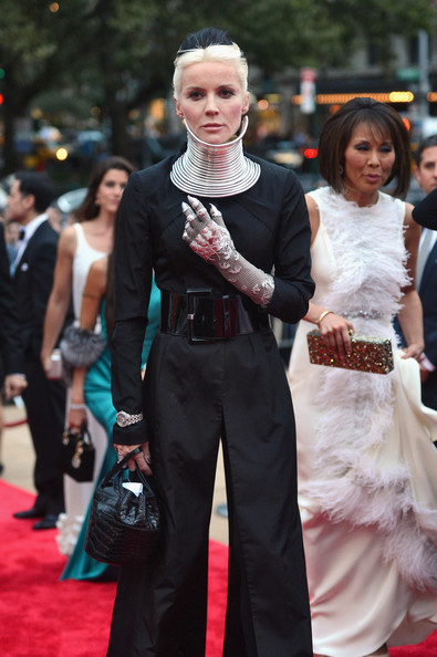 More Pics of Daphne Guinness Evening Dress (3 of 8) - Daphne Guinness Lookbook - StyleBistro [red carpet,carpet,clothing,dress,premiere,fashion,flooring,suit,formal wear,gown,david h. koch theater,new york city,lincoln center,new york city ballet fall gala,daphne guinness]