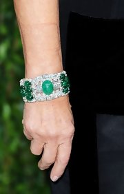 Carolina Herrera wore a mesmerizing cuff bracelet to the 2012 Vanity Fair Oscar party.