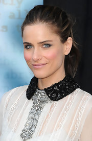 Amanda Peet wore her hair in a simple updo at the 2012 Writers Guild Awards.