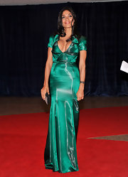 Rosario Dawson attended the 2012 White House Correspondents' Association Dinner wearing a caviar bracelet in 18-carat black gold with black diamonds.