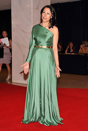 Ann Curry looked particularly elegant at the White House Correspondents' Dinner in this Grecian sage single-sleeved gown.