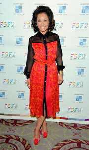 Alina Cho looked fab in this vibrant silk shirtdress for the Fashion Scholarship Fund Dinner.