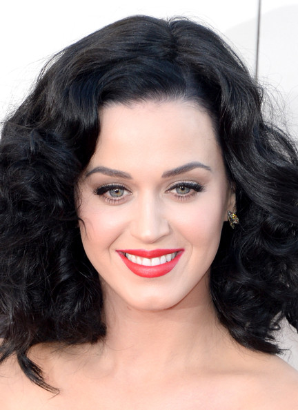 More Pics of Katy Perry Medium Curls (1 of 18) - Medium Curls Lookbook - StyleBistro