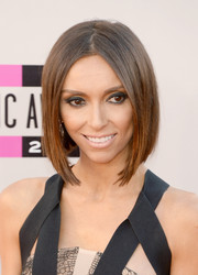 Giuliana Rancic looked trendy and modern with this sleek bob at the American Music Awards.