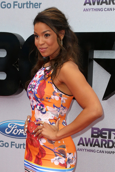 More Pics of Jordin Sparks Half Up Half Down (1 of 9) - Half Up Half Down Lookbook - StyleBistro