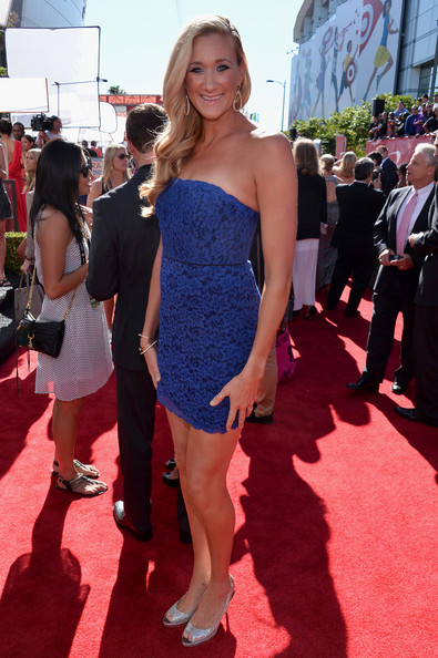 Kerri Walsh Jennings showed off her legs for days with this simple, blue lace frock.