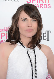 Clea DuVall opted for a minimal red carpet look at the Independent Spirit Awards with loose waves and side-swept bangs.