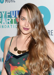 Jemima rocked a deep plum lipstick at the Joyful Heart Foundation Gala.