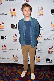 Michael Cera rocked the hipster-cool look with this classic denim jacket.