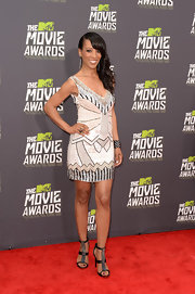 Shaun Robinson chose a beaded Art Deco-inspired frock for her cool and sparkly red carpet look.