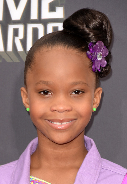 More Pics of Quvenzhane Wallis Classic Bun (1 of 7) - Quvenzhane Wallis Lookbook - StyleBistro