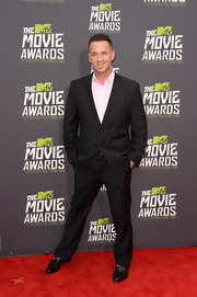 Mike Sorrentino chose a classic two-button, notch-lapel suit for his red carpet look at the 2013 MTV Movie Awards.