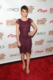 Sami Gayle went for classic elegance in a purple lace cocktail dress by Alice + Olivia during the NYC Dance Alliance Foundation Gala.