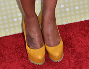 Mustard yellow platform pumps were the heel of choice for Tatyana Ali at the Radio Disney Music Awards.